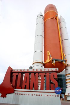 Der Komplex um das Space Shuttle Atlantis gehört zu den Höhepunkten und enthält die unterhaltsame Shuttle Launch Experience.